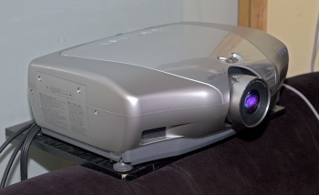 sharp-xv-z20000-projector-front-main