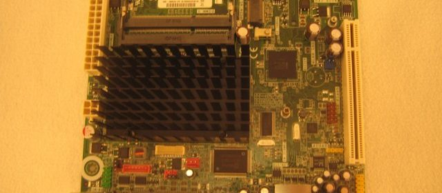 Intel_D525_04.jpg