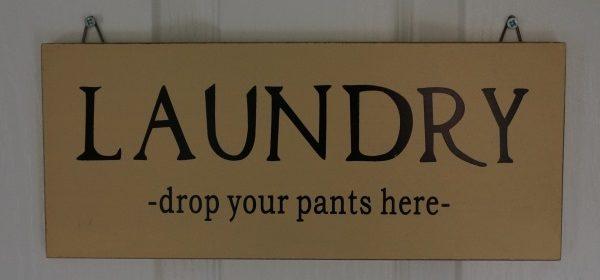pantsvtrousers.jpg
